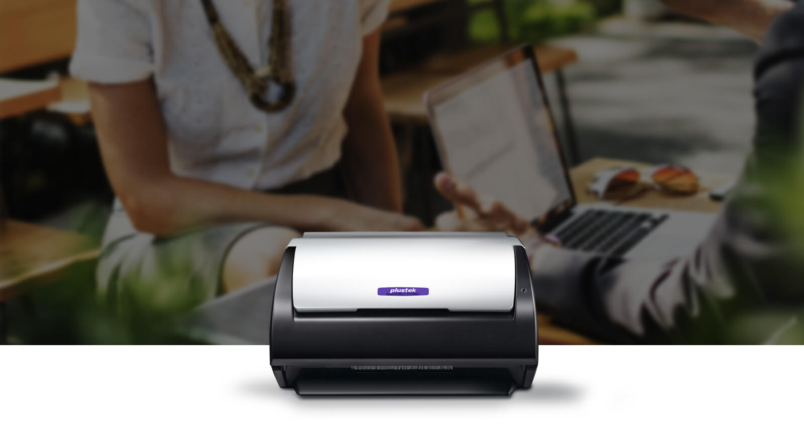 simple and compact design, you can move the scanner to anywhere without hestitate